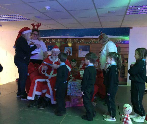 Santa Claus comes to Scoil Bhríde